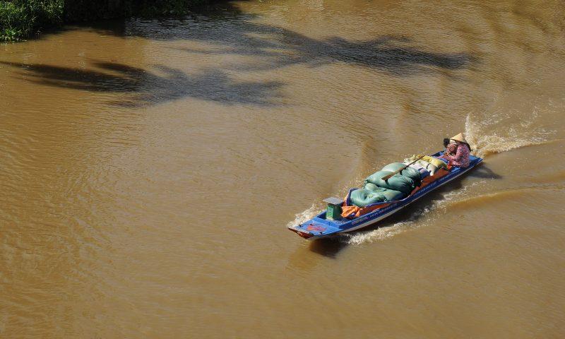 Hãy bảo vệ và gìn giữ các dòng sông vì cuộc sống của chúng ta hôm nay và con cháu mai sau