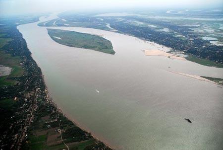Consult quickly: Door closing on Laos dam input period